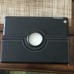 Targus iPad cover. Great condition 😍